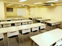 【赤坂 貸し会議室】 NATULUCK溜池山王駅前店 3階会議室