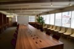 【新橋・銀座・汐留】完全貸切スペース!最大50名収容可能!懇親会やセミナー会場、イベントスペースに最適なスペース♪Basis Point Lab.