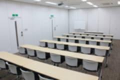 【汐留・新橋】駅近・きれいな会議室「Forum S+汐留 会議室B+C+D」42席