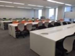 【★新宿西口5分★】1〜60名収容可能!)多目的利用可能 大会議室