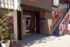 【田町・三田】商談・勉強会に最適!6人収容のシンプル駅近会議室