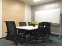 【東京駅0分・八重洲地下直結01】スペイシー直営 2F 01エジソン会議室Wi-Fi完備