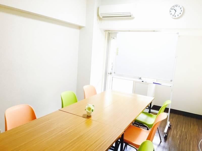 ★JR池袋駅東口すぐ!☆駅近!静かでカフェのようにくつろげる快適スペースです!