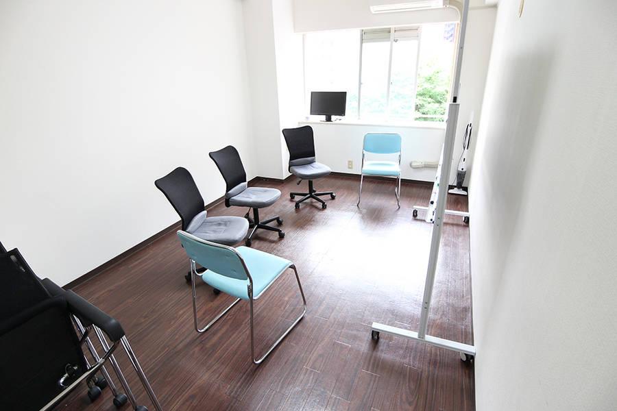 新宿 ワンコイン貸し会議室E