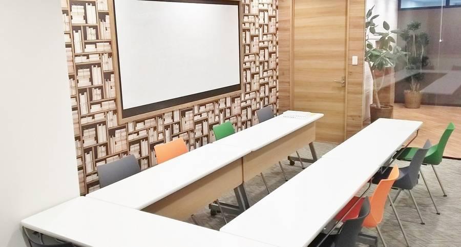 【ルームB】渋谷駅徒歩3分!会議・勉強会・ワークショップに最適な2~12名様用レンタルスペース