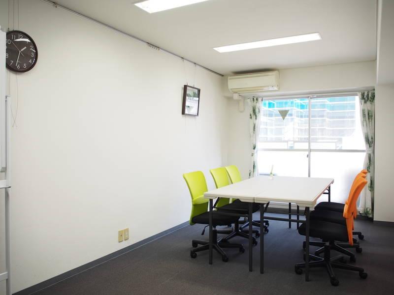 【JR池袋駅 西口 徒歩1分】個室レンタルスペース  27㎡  Wi-Fi完備